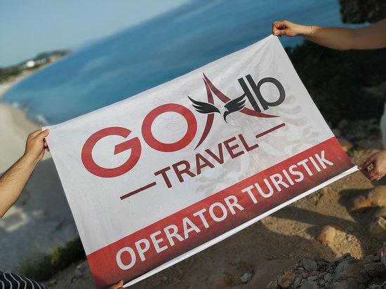 """Albania: Что для Вас означает """"Свобода""""?😉 Для компании GoAlbTravel это полет мыслей, умение брать от жизни всё и даже больше, а самое главное - это дарить свободу путешествий Вам! Ведь что может быть лучше, чем видеть Ваши улыбки после шикарного отдыха с нами!? Мы покажем Вам не только все прелести Албании, а и прекрасных Балкан! 😇 Be free with GoAlbTravel ❤"""
