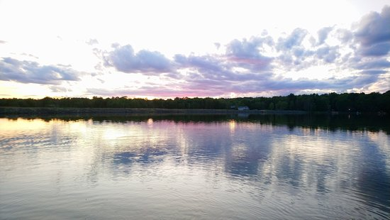 Pocono Lake, Πενσυλβάνια: Beautiful sunset