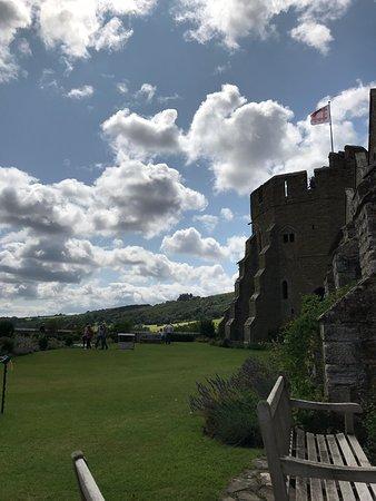 Castle/Manor House hybrid
