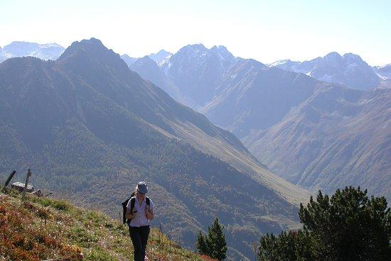 Hautes-Pyrenees, Francia: Stunning scenery