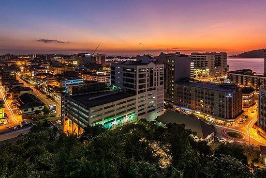 Kota Kinabalu por la noche con la cena