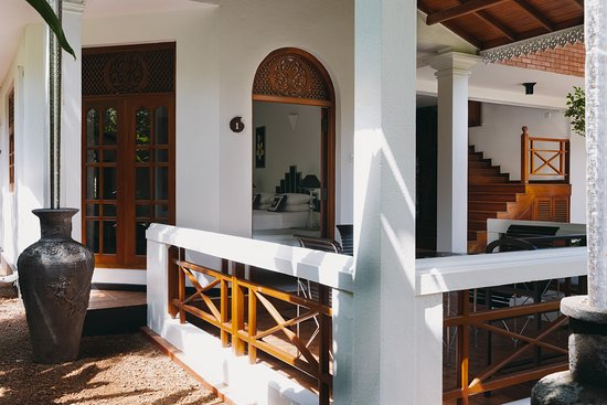 Amal Villa Apartments & Rooms: veranda of Deluxe room 1