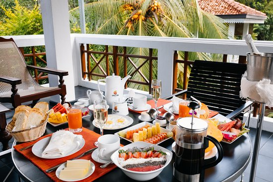 Amal Villa Apartments & Rooms: breakfast on the balcony of the Deluxe room 4
