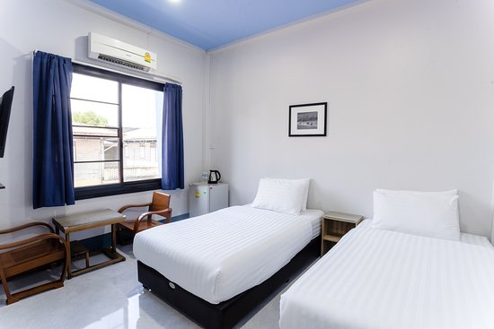 Twin Room with Air Con.
