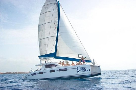Deluxe Catamaran Sailing