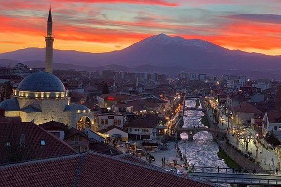 Visite a cidade de Pristina e Prizren...