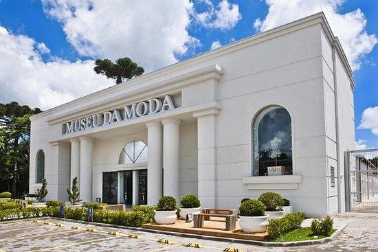 Entrada al Museo de la Moda - Canela...