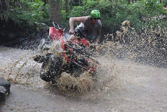 ATV firhjuling - Vulkan varm vår...