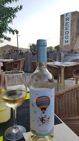 Goede Witte Wijn Picture Of Terraza Bar Ca La Pruna Pals