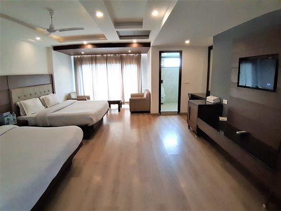 Ambika Palace Hotel