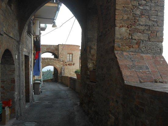 קיאנצ'נו טרמה, איטליה: vicoli