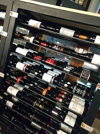 Vinhos do mundo inteiro.