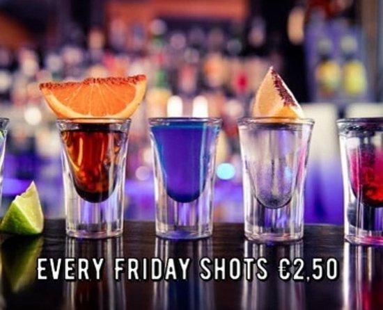 Eetcafe Concordia: Evert friday shots €2.50 various shots.