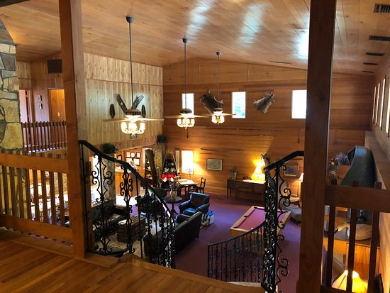 Amazing stay ! Our friends enter all 9 guest rooms for a weekend getaway .  Covered parking for two of our motorcycles / breakfast was incredible / dinner served lakeside was fabulous and the filet served at dinner in the lodge was prepared perfect !  Rooms were clean and I am picky as I manage a full service hotel .  Would stay again and recommend !!