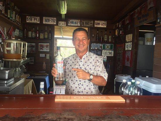 Roberto (bar de la plage)