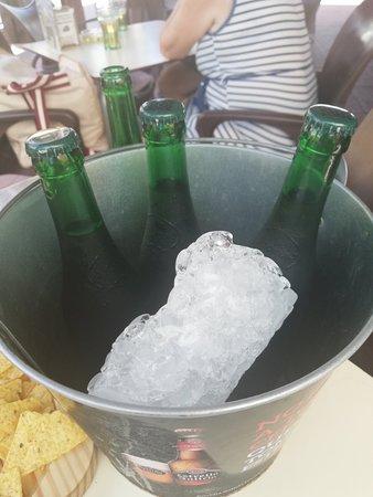 Cubo de cervezas
