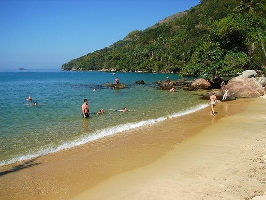 Doce Angra Turismo: Praia de Freguesia de Santana (Ilha Grande)