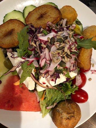 Super Salate, sehr gute Bedienung