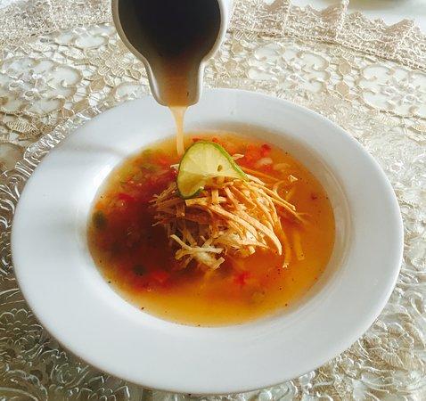 Tradicional sopa de lima