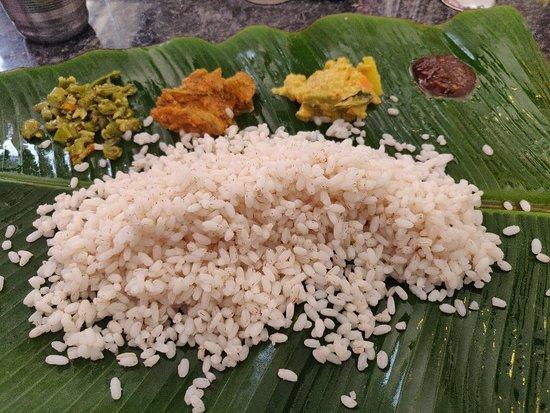 Kolagappara, อินเดีย: Santript Veg Restaurant
