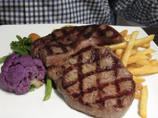 No.1 Bar & Grill: Ribeye = quantity over quality