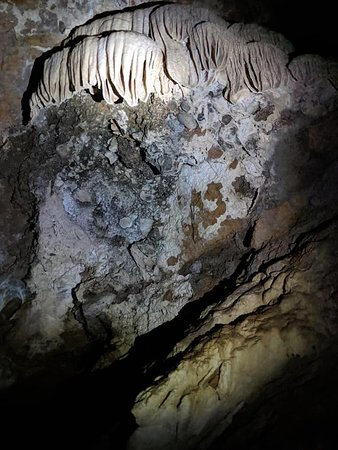 Crystal formations in Riverbend cave