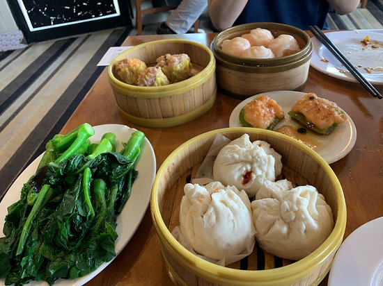 Shrimp dumplings, Shu Mai,(excellent), shrimp on green peppers, Chinese Broccoli and Hum Bow with pork