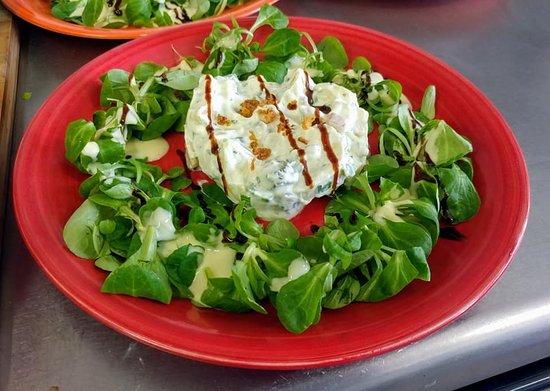 Costaros, ฝรั่งเศส: Salade de pommes de terre