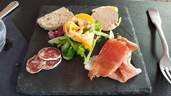 Beaumont Pied De Boeuf, Fransa: Assiette de charcuterie (menu enfant)