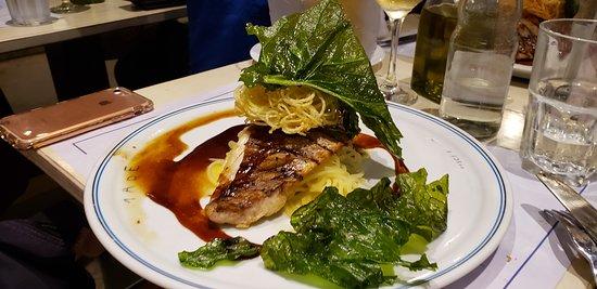 Eataly - Mare Pesce & Vino: Pesce alla brace, um dos carro chefes do restaurante Mare no Eataly, SP.