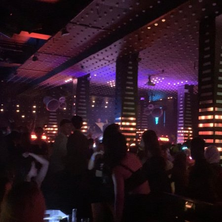Cool night club and have 3 levl 3 Dj🤦🏻♂️😍 i love this because very fun
