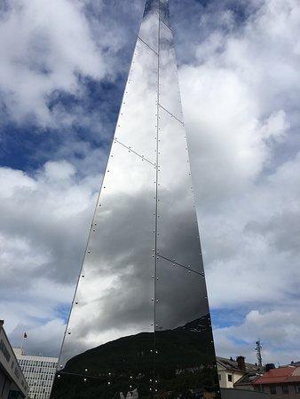 Narvik Municipality, Norge: Trinigon 3