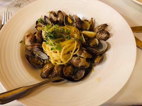 Cucina Venti Restaurant: Vongole for my husband