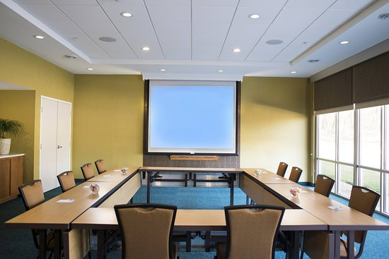 SpringHill Suites by Marriott Wisconsin Dells: Meeting room