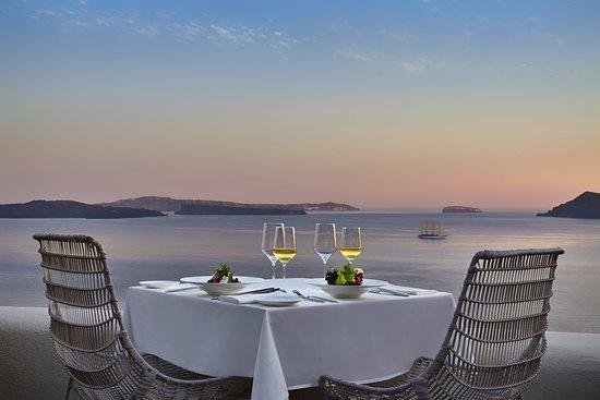 Mystique, a Luxury Collection Hotel, Santorini: Restaurant