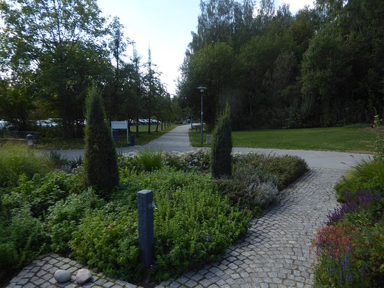 Sibyllenbad: Der Kurgarten (3)