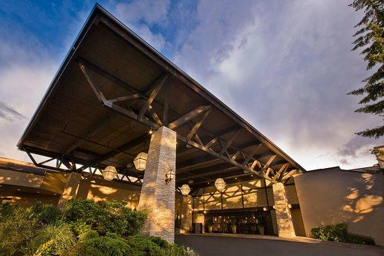 HILTON SEATTLE AIRPORT & CONFERENCE CENTER $156 ($̶1̶8̶7̶