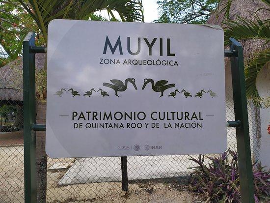 Chunyaxche, Mexico: Cartel a la entrada