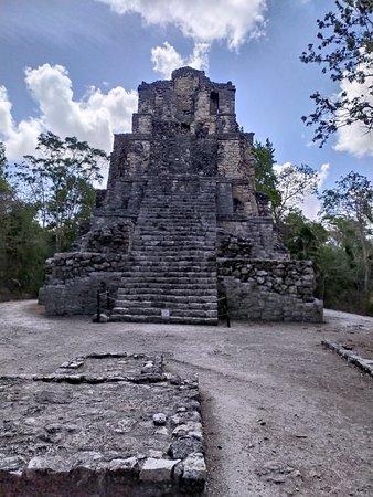 Chunyaxche, Mexico: Castillo