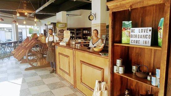 Картейра, Португалия: Restaurante e Mercearia, trazendo o que tem de melhor na agricultura 100% biológica.