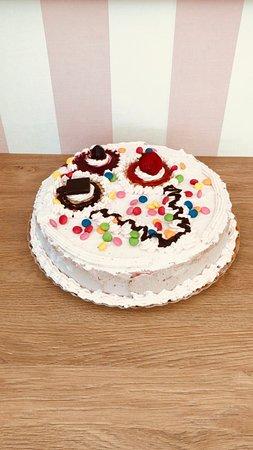 Vodo Cadore, Italien: torte gelato su ordinazione!!! ....crea con noi la tua torta individuale per la tua festa
