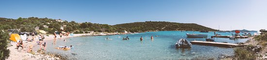 Sevid, Kroatien: Panorama of Stari Trogir Beach