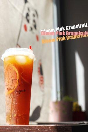 Fresch Pink Grapefruit, Oolong Tea, Marmalade,Honey and Brown Sugar Jelly.