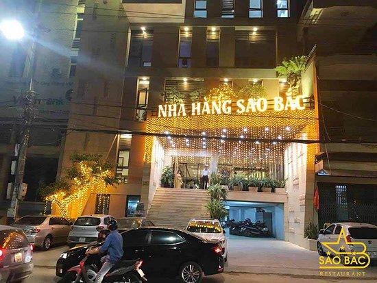 Провинция Тхайнгуен, Вьетнам: Nhà hàng Sao Bắc tại số 219 Minh Cầu , Phường Phan Đình Phùng, Thành phố Thái Nguyên  Với tiêu chuẩn nhà hàng cao cấp được biết đến như một địa điểm lý tưởng cho những bữa ăn ấm cúng gia đình, tiệc tùng hội nghị và sinh nhật. Tại đây bạn sẽ được tận hưởng những không gian riêng tư không ồn ào hay không gian đa phong cách mà bạn chưa từng thưởng thức.
