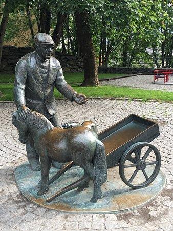 Lindenparken ponies and cart