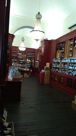 Très beau magasin
