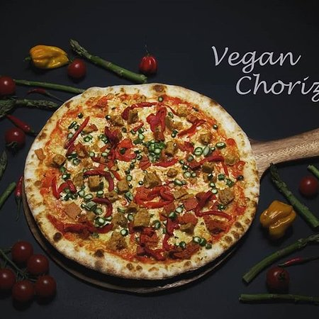 Vegan Chorizo - an absolute smash hit with vegans and vegetarians alike! An absolutely gorgeous and colourful pizza, come and grab a bite!