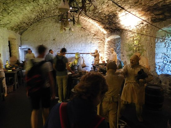 Stirling Castle Entrance Ticket: Themepark-like kitchen