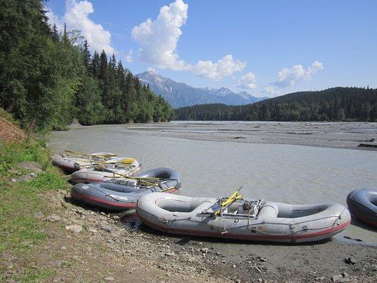 Chilkat Guides, Ltd.: Loading up