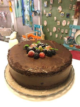 Ceri Cafe: Orman meyveli çikolatalı pasta